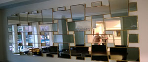 >Mirrors & Decorative items installations